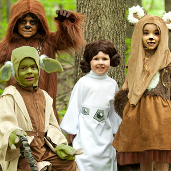 Halloween Costumes for Adults and Kids | HalloweenCostumes.co.uk